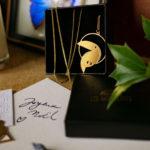 Sautoir toucan finition or en cadeau de Noël - Les Naturalistes bijoux